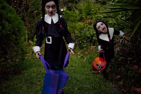 bella & chloe' happy halloween